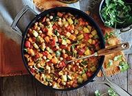 Cari aux pois chiches et aux légumes d'automne