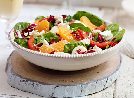 Salade asiatique aux épinards et à la Feta Recette
