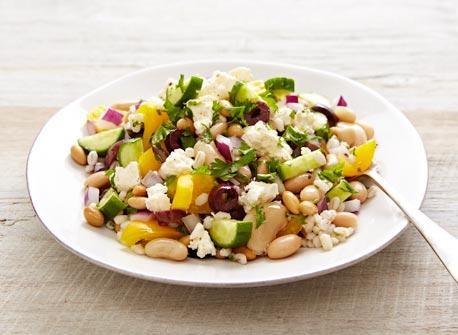 Salade grecque à l'orge et aux haricots Recette