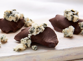 Fromage Bleu et chocolat noir