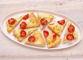 Focaccia au Bocconcini et aux tomates