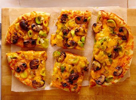 Focaccia au Cheddar, aux poireaux et aux champignons Recette