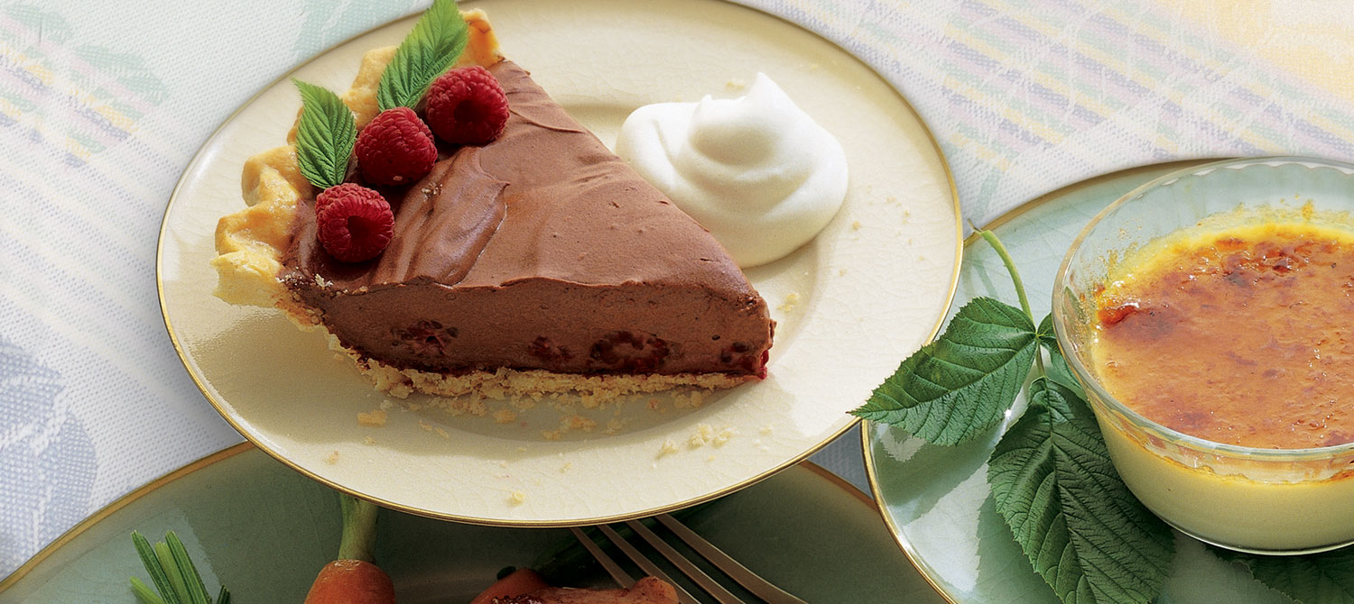 chocolate-raspberry-cream-pie.jpg