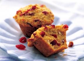 Muffins aux canneberges et noix de Grenoble