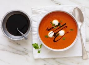 Crème de poivron rouge rôti et Bocconcini