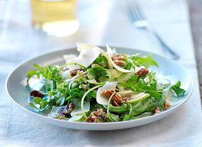 Salade de fenouil, roquette, Cheddar et pacanes