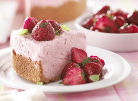 Gâteau au fromage glacé aux fraises Recette