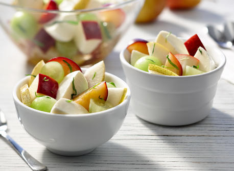 Salade de fruits au Bocconcini et à l'estragon Recette