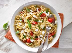 Spaghetti aux tomates du jardin et à la Feta