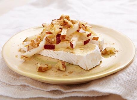 Goûter instantané aux pommes épicées et au Brie  Recette