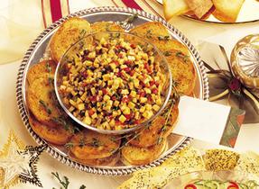 Mozzarella marinée et poivron rôti sur croûtons au Parmesan