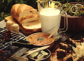Porc au barbecue à l'orientale avec sauce à l'ananas et aux arachides