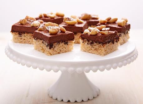 Carrés au chocolat, arachides et fromage Cottage  Recette