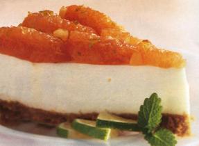 Gâteau au fromage et au pamplemousse rose