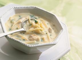 Soupe facile et rapide au poulet et nouilles