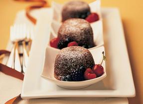 Moelleux aux deux chocolats centre coulant aux fruits