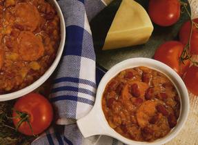 Cassoulet à la saucisse et aux haricots secs