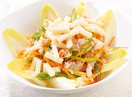 Salade de fruits de mer et asperges au fromage Suisse Recette