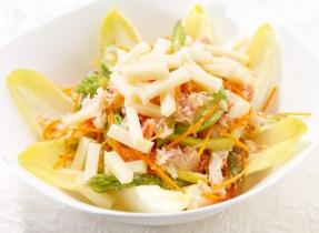 Salade de fruits de mer et asperges au fromage Suisse