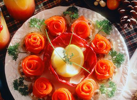 Canap s de saumon fum recette plaisirs laitiers for Hors d oeuvre avec saumon fume