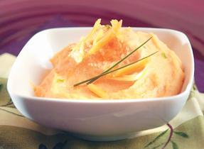 Polenta à la patate douce et au Cheddar