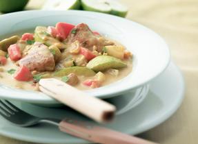 Ragoût épicé au poulet et aux légumes