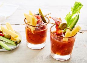 Cocktail aux tomates et aux fraises