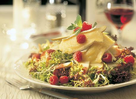 Salade tiède au Brie Recette