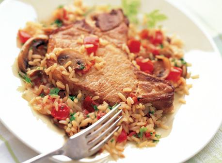 Casserole de côtelettes de porc et de riz  Recette