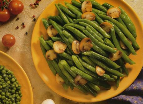 Champignons et haricots verts au beurre recette plaisirs - Cuisiner haricots verts surgeles ...