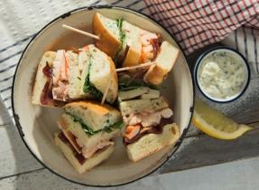 Club sandwich au homard et à la Mozzarella