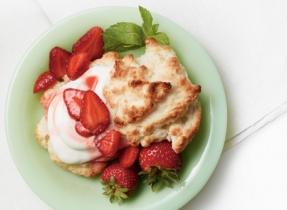 Gâteau sablé aux fraises léger et délicieux