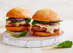 Hamburger d'agneau au cheddar