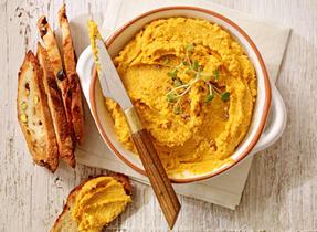Hummus aux carottes rôties et à la Ricotta