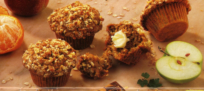 muffins streusel aux pommes et l 39 avoine recette. Black Bedroom Furniture Sets. Home Design Ideas