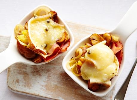 Pommes de terre écrasées avec jambon et Raclette Recette