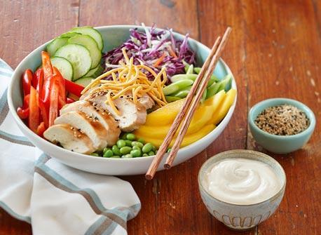 Salade asiatique au poulet et au sésame Recette