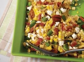 Salade au maïs, au bacon et à la Feta