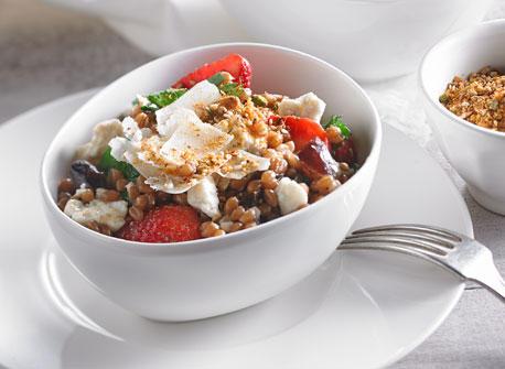 salade aux grains de bl et dukkah recette plaisirs laitiers. Black Bedroom Furniture Sets. Home Design Ideas