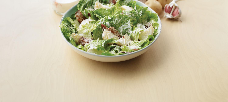 salade c sar aux pommes de terre de tous les jours recette plaisirs laitiers. Black Bedroom Furniture Sets. Home Design Ideas