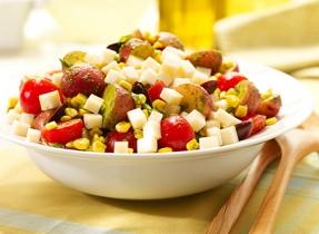 Salade de pommes de terre au fromage Brick et au pesto frais