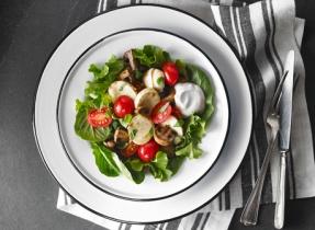 Salade de tomates, Bocconcini et champignons marinés