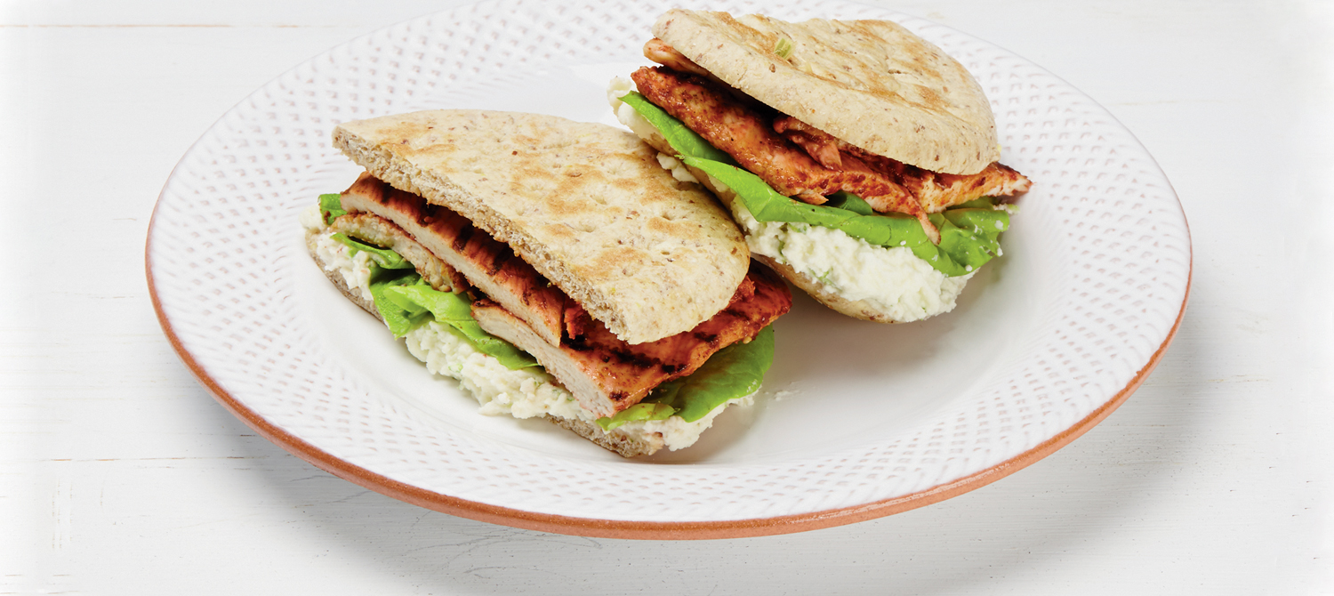sandwichs au poulet tandoori grill et la ricotta recette plaisirs laitiers. Black Bedroom Furniture Sets. Home Design Ideas