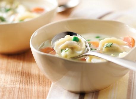 soupe au fromage et aux tortellini de maman recette plaisirs laitiers. Black Bedroom Furniture Sets. Home Design Ideas