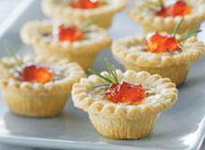 Tartelettes amuse-bouches savoureuses au fromage bleu et aux pacanes recipe